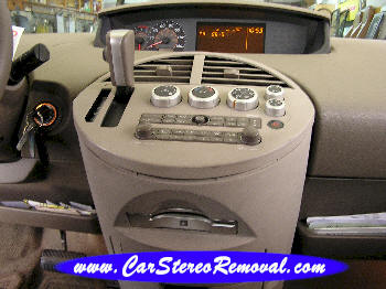 How to Remove Nissan Quest Car Radio Instruction Guide